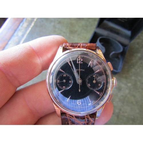 15 - Zenith Chronograph Gentlemans Wristwatch with Tri Dial Face Contained within 18 Carat Rose Gold Case...