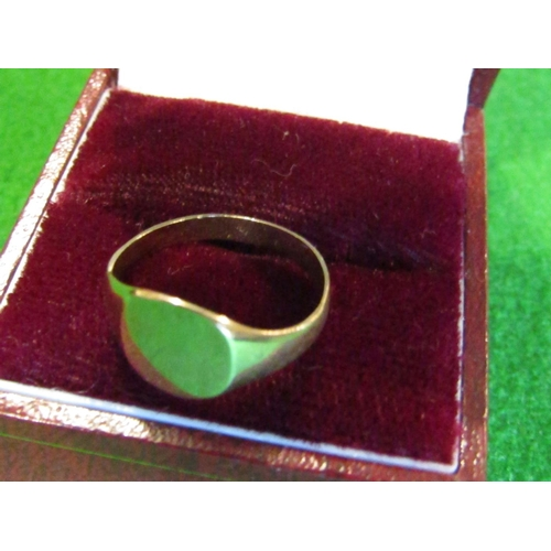 37 - Gents 9 Carat Yellow Gold Signet Ring Size O...