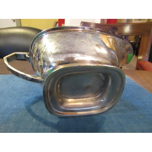 43 - Edwardian Solid Silver Sauceboat Hallmarked Attractive Boat Form