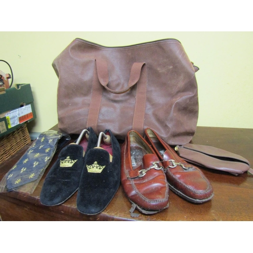 34 - Gents Shoes and Slippers with Weekend Leather Bag Club Tie and Wash Bag...