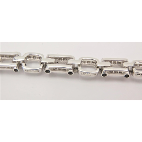 205 - 18 Carat Gold Articulated Bracelet of Attractive Form Clear Diamonds of High Colour and Good Scintil...