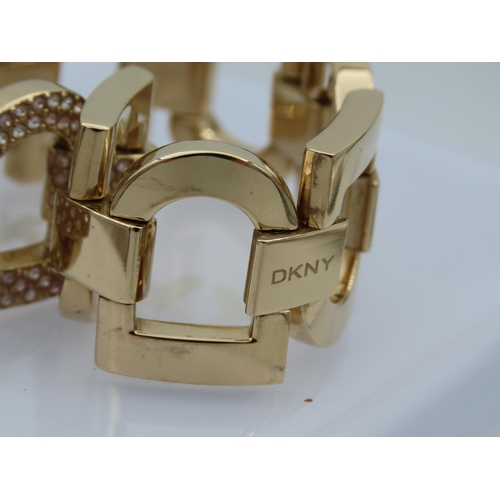 33 - DKNY Ladies Designer Wristwatch Interlinking Form Contained within Presentation Box