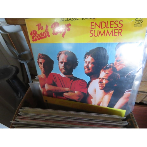 32 - Box of Vintage Vinyl to Include The Everly Brothers, Helen Reddy, Peters And Lee and Others of Quant...