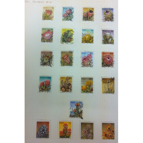23 - FLOWERS : World collection with mint & used housed in 14 albums. Neatly arranged by country alphabet...