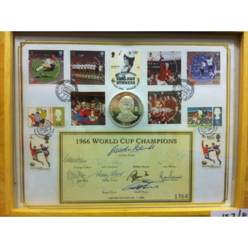 48 - 1966 World Cup Winners signatures on special 2006 Coin Cover . George Cohen, Gordon Banks, Jack Char...