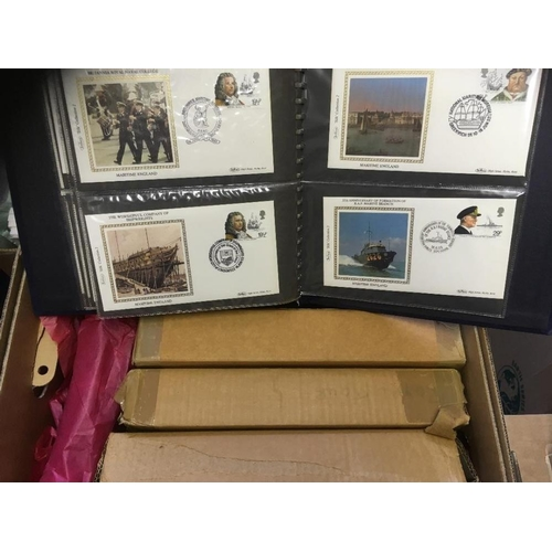 34 - POSTAL HISTORY STAMPS : Six special Benham collections of covers relating to WWII etc...