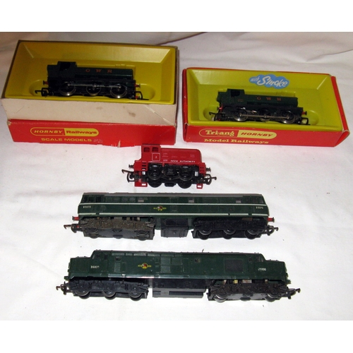 48 - TRIANG 2 x 0-6-0PT's and 3 x Diesel Locomotives - GWR Gloss Green 0-6-0 PT's R051 Excellent in a Goo...