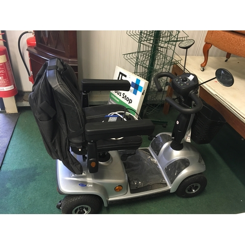 1476 - A Invacare Mobility scooter with charger and keys....