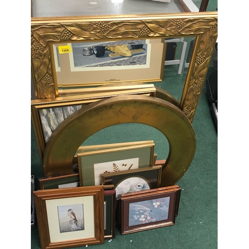 993 - A small collection of mirrors and pictures....