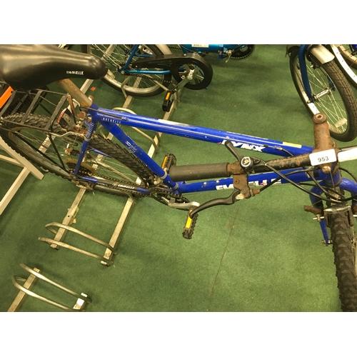 953 - A men's Emmelle Lynx mountain bike....
