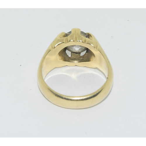 120 - Diamond solitaire ring of 4.00ct set in heavy gents 18ct gold ring size Y...