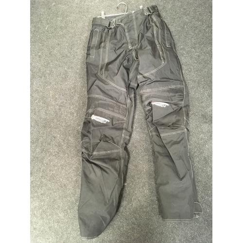 69M - Spada Gortex motorcycle trousers, size M....