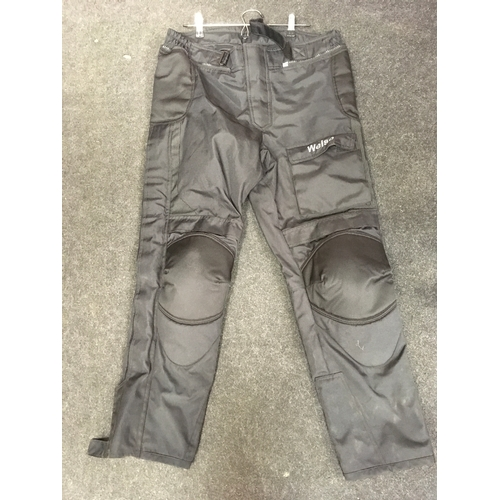 71M - Weise Gortex motorcycle trousers, size L....