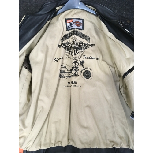 19M - A Harley Davidson leather motorcycle jacket. Size XXXL....
