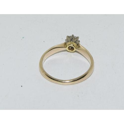 515a - An antique 0.50 carat diamond, 18 carat solitaire ring.  Size N....