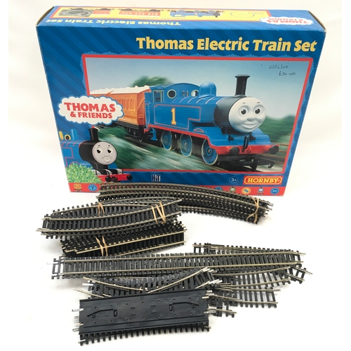 2 - Hornby OO gauge Thomas & Friends Electric Train Set (missing Trakmat) together with a quantity of Ho...
