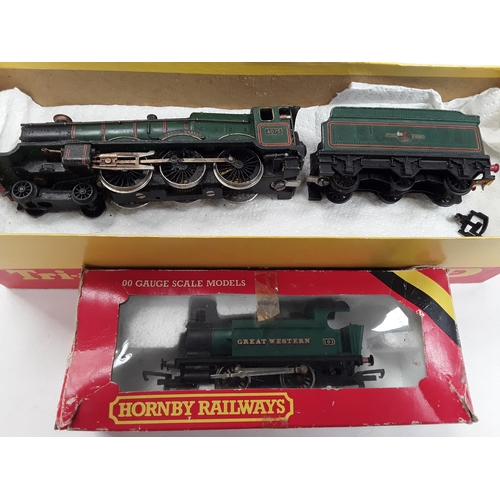 9 - Hornby Dublo OO gauge locomotive- 2221 Dublo Castle Class 4-6-0 4075 'Cardiff Castle' and Hornby R07...