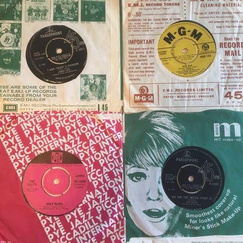 54 - BEAT / PSYCH 1960'S SINGLES. A Cracking lot here to include The Moles 'We Are The Moles' on Parlopho...