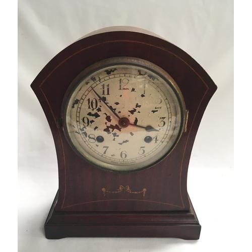 425 - A mahogany cased Edwardian mantle clock....