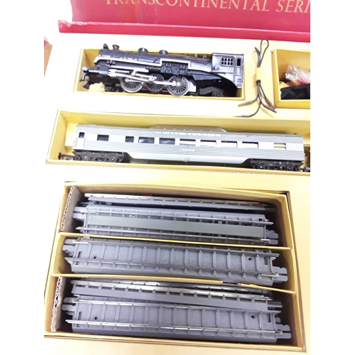 47 - Triang OO Gauge R7X Transcontinental Series Passenger Coach with a 4-6-2 Loco and Tender TR black No...
