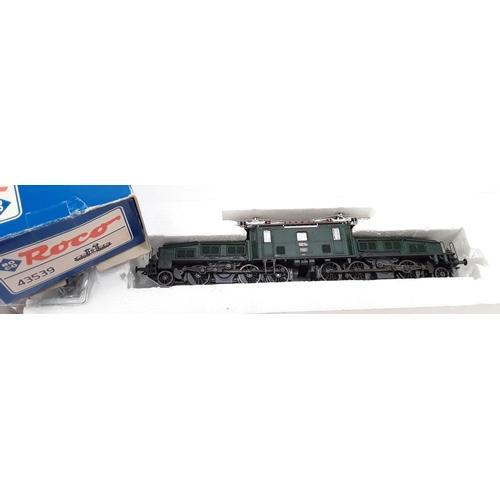 45 - Roco HO/OO 43538 in 43539 box.  Roco 43538-PO Class Ce 6/8 II 'Crocodile' of the SBB....