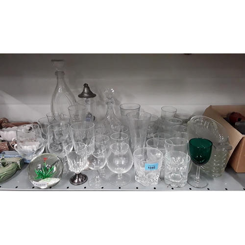 1040 - A large collection of mixed glass items to include dessert dishes etc....