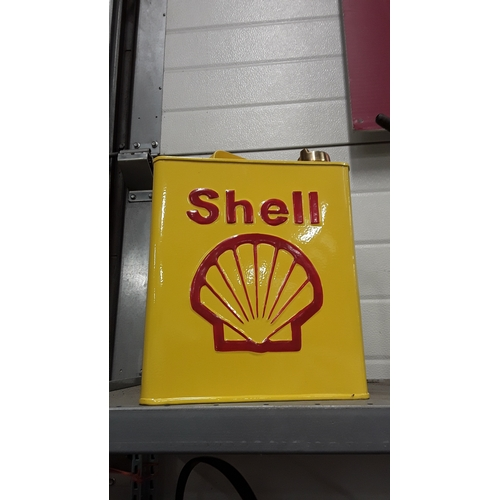 1001 - A Shell fuel can....