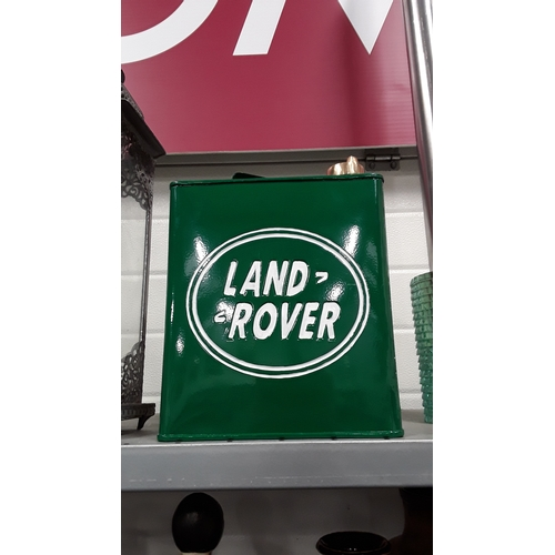 1006 - A Land Rover fuel can....