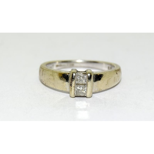 39 - 9ct white gold ladies diamond ring. H/M, approx 0.25ct. Size L....