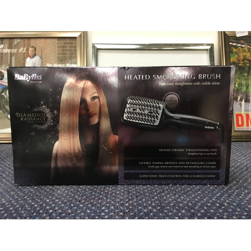 2044 - A Babyliss heated smoothing brush (REF:10)....