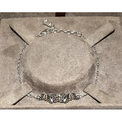32 - Genuine Thomas Sabo boxed silver bracelet....