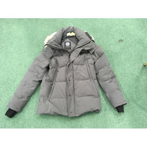 2314B - A men's Canada Goose jacket, size large (REF:19)....