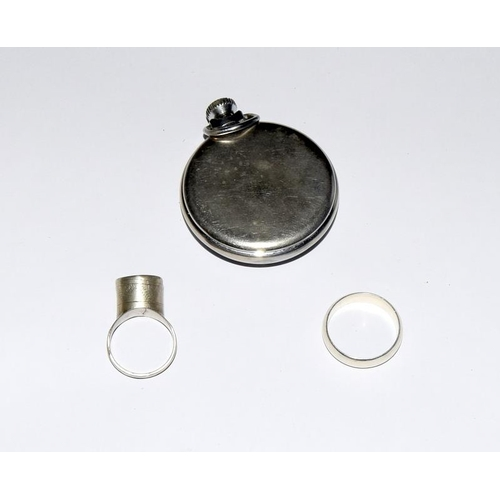 2157 - Ingersol pocket watch together with 2 rings. Ref. 71, 125, 214....