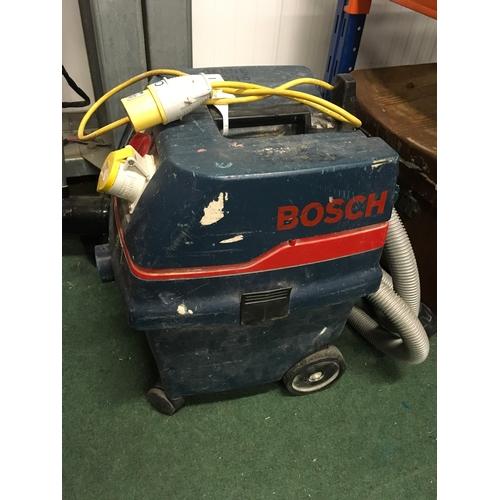 2118A - An industrial Bosch vacuum cleaner (REF:15)....
