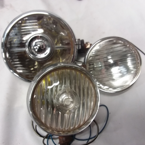 1010 - A collection of vintage vehicle lights....