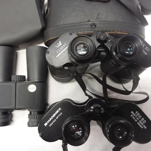 1019 - Three pairs of binoculars....
