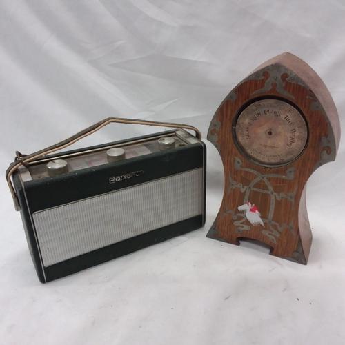 1024 - A vintage Roberts radio together with a vintage barometer....