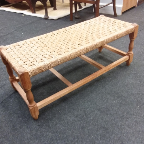 1424 - A string topped double stool....