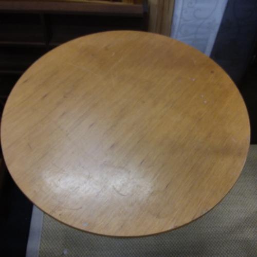 1445 - An iron based pub table....
