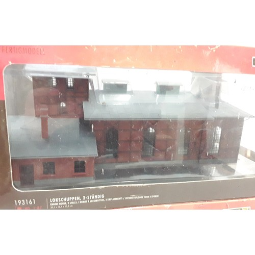 193 - 2 Faller (Germany) HO gauge buildings - Engine House with 2 Stalls and Waldbrunn Station. Mint in du...