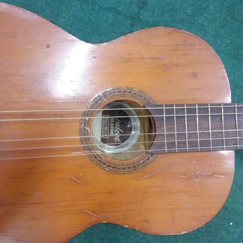 1001 - A Dulcet classical guitar....