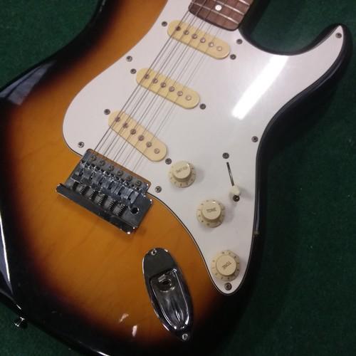 1002 - A Tanglewood electric guitar....
