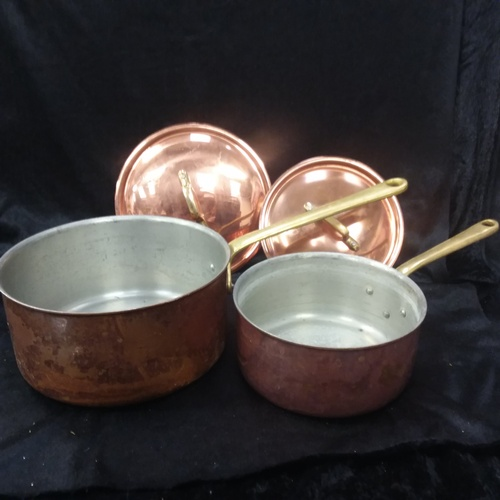 1035 - Two copper pans....