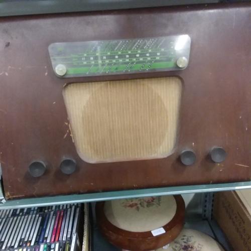 1062 - A Vintage Murphy radio....