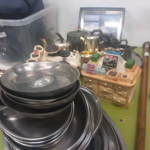 1141 - Vintage tableware with stainless steel trays and two Silver Crane tea caddies....