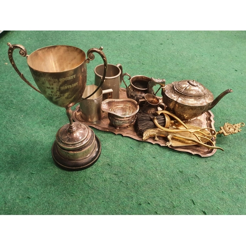 1218 - A collection of silver plate and brass....