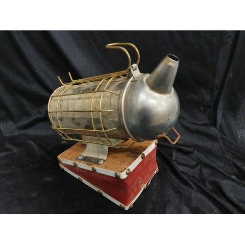 1223 - A beekeeper's smoker....