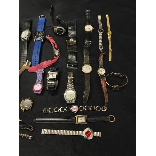 1307 - A box of modern wristwatches....