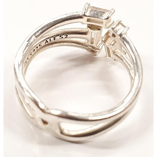 1327 - Genuine Pandora Q25 ALE boxed silver ring size K....
