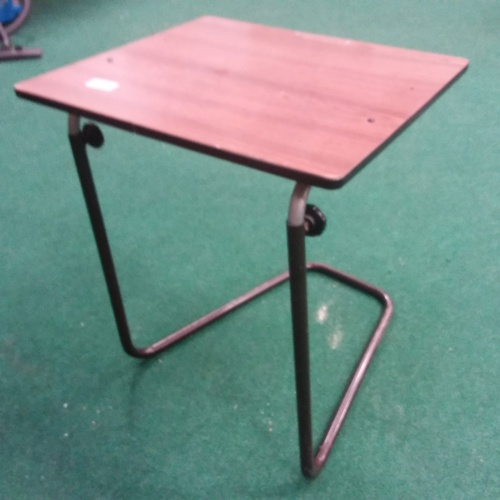 1385 - A small works table....